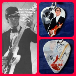 Hank Marvin The Shadows Double Sided Tribute Plectrum Keyring