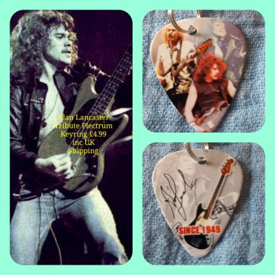 Alan Lancaster Quo Double Sided Tribute Plectrum Keyring