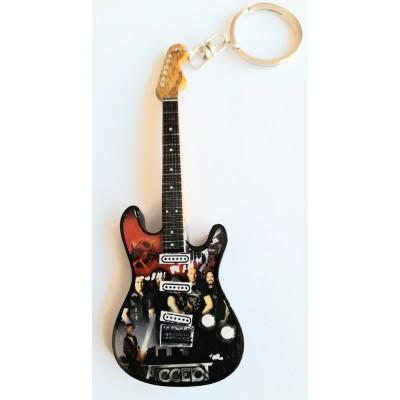 Accept 10cm Wooden Tribute Guitar Key Chain