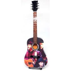 Garth Brooks Tribute Miniature Guitar Exclusive