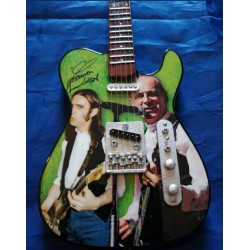 Francis Rossi Tribute Miniature Guitar Exclusive