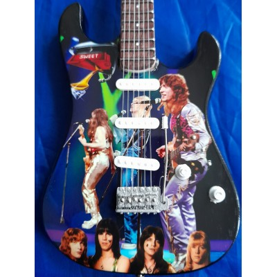 The Sweet Tribute Miniature Guitar Exclusive