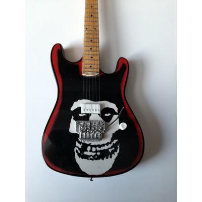 Misfits Skull Tribute Miniature Guitar