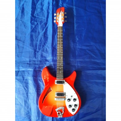 "Paul Weller I Am Nobody 10"" Miniature Tribute Guitar"