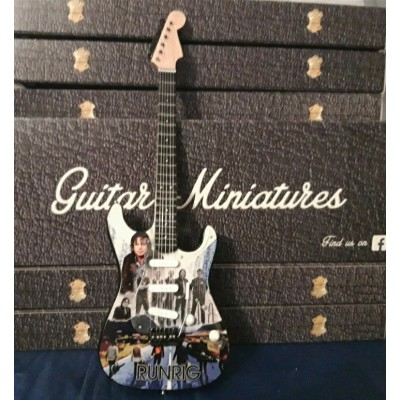 "Runrig 10"" miniature guitar"